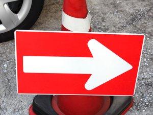 画像1: 工事用 矢印板 コーンサイン