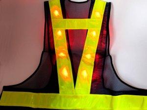 画像4: 【2級資格者】文字入り 赤色LED16個点滅 夜光チョッキ 6CM幅 紺メッシュ・イエロー反射(明るい)