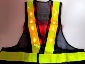 画像3: 【2級資格者】文字入り 赤色LED16個点滅 夜光チョッキ 6CM幅 紺メッシュ・イエロー反射(明るい)