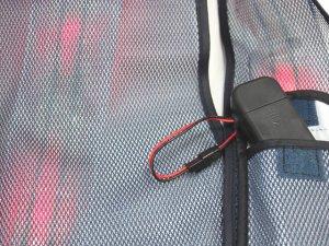 画像4: 赤色LED16個点滅 夜光チョッキ 6CM幅 紺メッシュ・シルバー反射(明るい)【背面 台形反射シート付き】