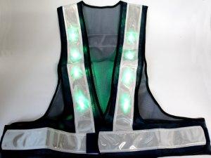 画像4: 緑色LED16個点滅 夜光チョッキ 6CM幅 紺メッシュ・シルバー反射(明るい)【背面 台形反射シート付き】