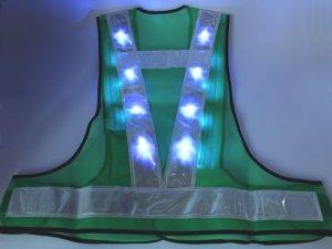 画像3: 青色LED16個点滅 夜光チョッキ 6cm幅 グリーンメッシュxシルバー反射 青色点滅(高速関連)