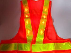画像3: 赤色LED16個点滅 夜光チョッキ 6CM幅 オレンジメッシュ・イエロー反射(明るい)【背面 台形反射シート付き】
