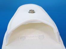 他の写真3: キーケース 白 クラリーノ製 14.5cmx10cmx6cm 台形型