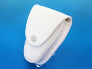 画像2: キーケース 白 クラリーノ製 14.5cmx10cmx6cm 台形型