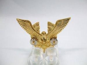 画像3: 帽章 鳥と剣 金