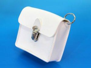 画像2: キーケース クラリーノ 留め金具付 白 11x10cm