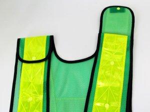 画像4: 夜光チョッキ 7cm幅 幅広 グリーンメッシュ・イエロー反射 サイズ調整ベスト